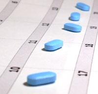 Pills-on-calendar200